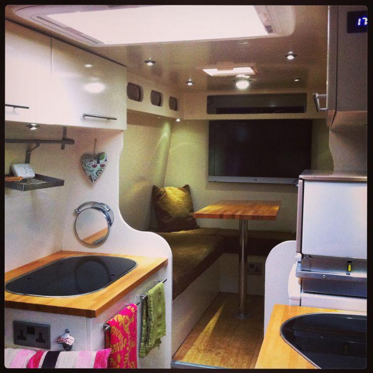 ahomeonwheels.blogspot.co.uk Self build campervan. I love this van.
