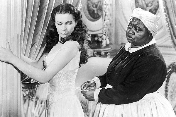 Debido a la ley de segregación racial, ninguno de los actores afroamericanos de la cinta tenía permiso para asistir al estreno. Tampoco podían ser incluidos en la promoción del filme.