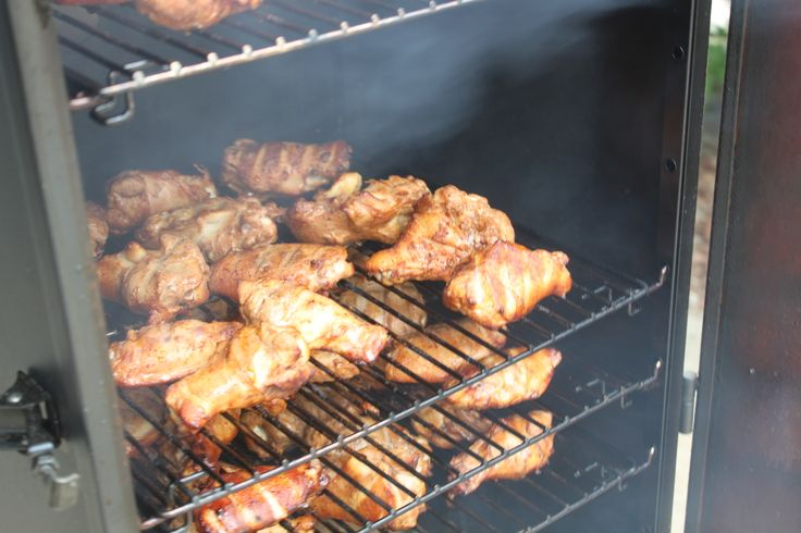 How to Smoke Chicken Wings – Dry Rub Recipe Included