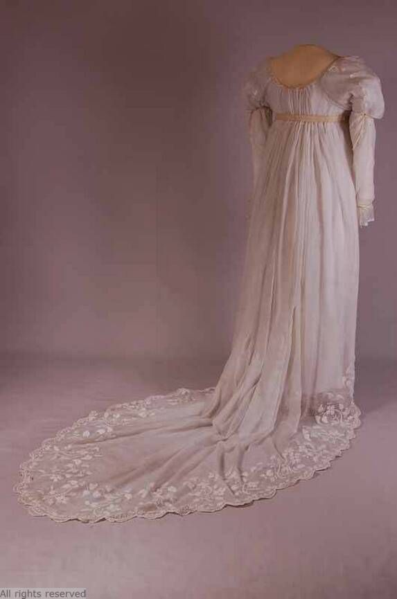 Dress 1800 1810 mode museum vintage and historical for 1800 style wedding dresses