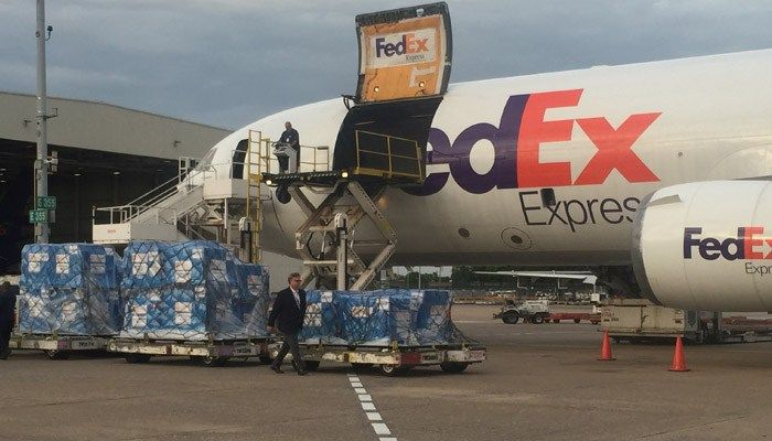 FedEx Express cargo plane at Memphis International Airport