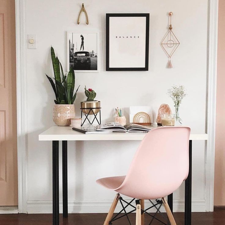 trendy home office ideas traditional shelves Mesa Home Office, Home Office Desks, Home Office Organization, Office Decor, Office Ideas, Cozy Office, White Office, Interior Office, Office Setup