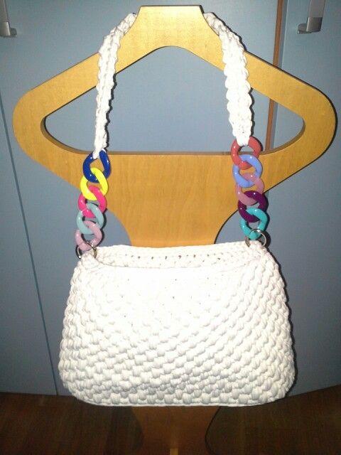 #borsafettuccia#catenaresina#bag#handmade#whitecolor#bag#uncinetto#creareconpassione