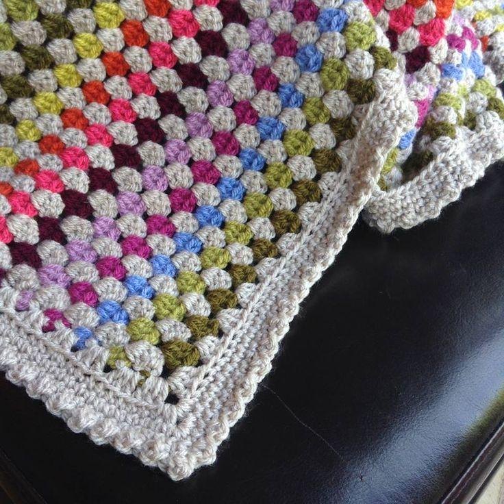 Randig filt i mormorsrutevarv