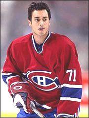 Mike Ribeiro est d'origine portugaise, natif de Montréal. Membre des Huskies de Rouyn-Noranda dans la Ligue de hockey junior majeur du Québec, il est repêché par les Canadiens de Montréal lors au repêchage de la LNH de 1998 en 2e ronde (45e position). Il passe professionnel en 1999 avec les Citadelles de Québec dans la Ligue américaine de hockey. Au cours de ses quatre premières saisons (1999-2003), Ribeiro participe à 116 matchs avec le tricolore, se limitant à 37 points (14-23-37).