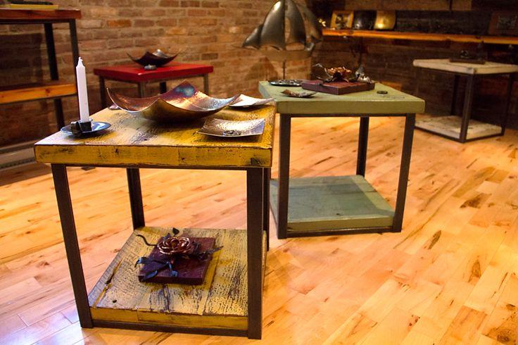 Tables de salon en bois de grange.