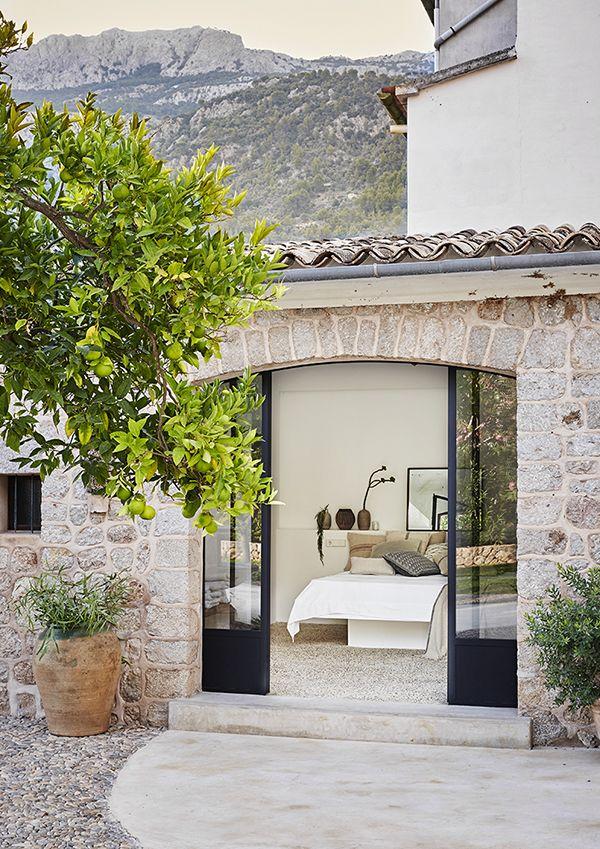 A BEAUTIFUL SUMMER HOUSE ON MALLORCA, SPAIN