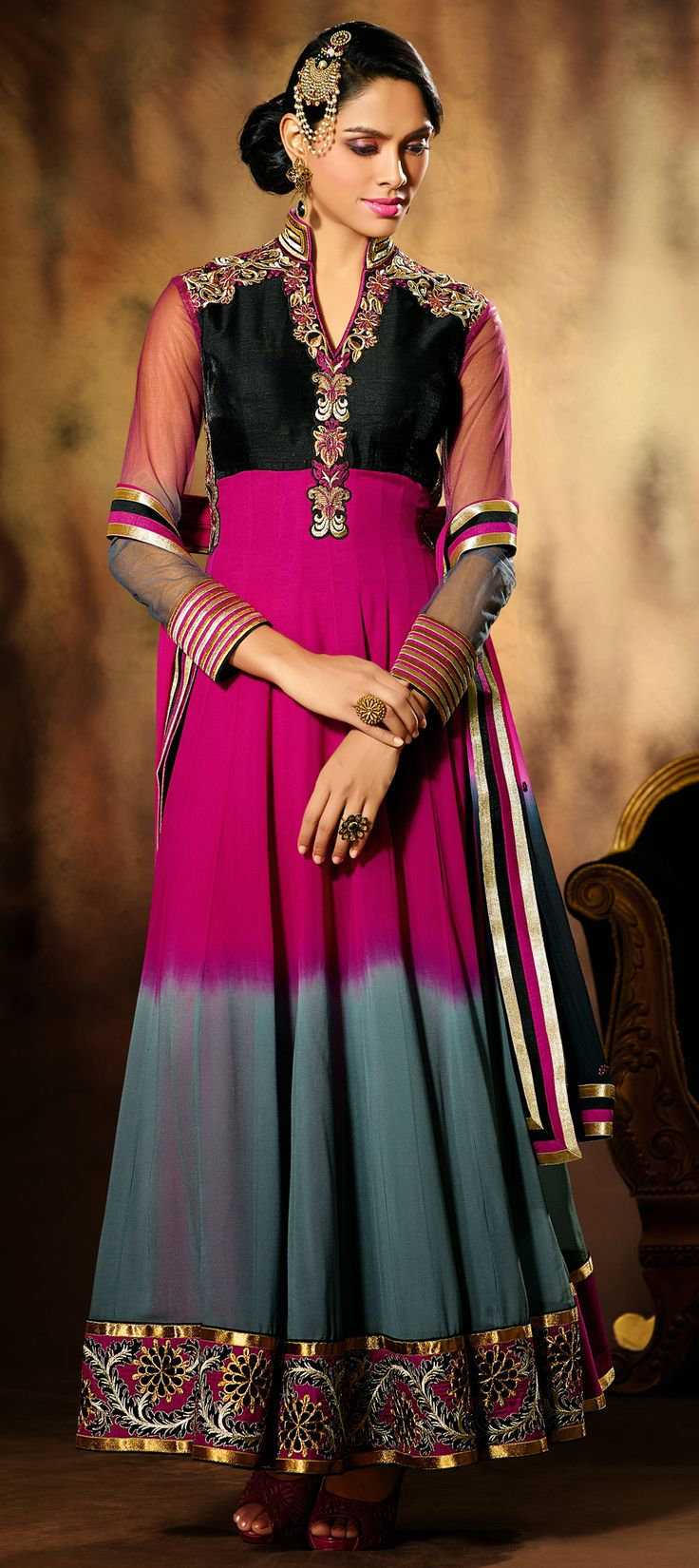 424100: DUAL TONE - gear up for this season's wedding and parties. Make sure you spot one trend like this one. #Anarkali #Partywear #IndianFashion #OnlineShopping