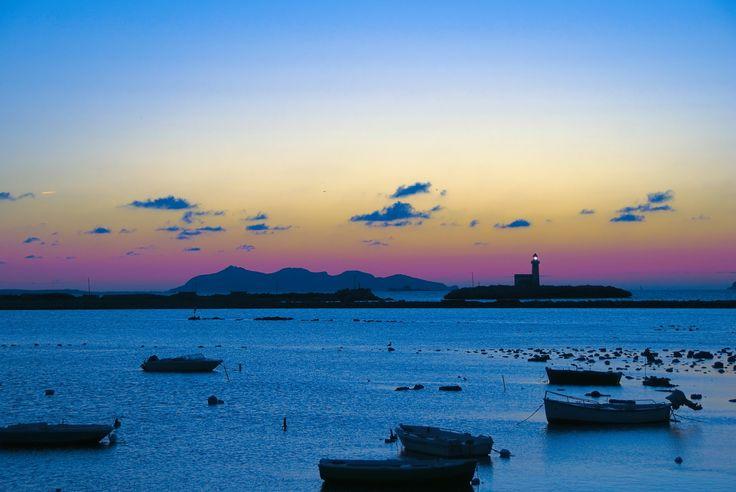 https://flic.kr/p/Axsm45 | Trapani Harbour | Trapani best destination