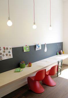 studio-ei -- interieurontwerp woning Utrecht; Keukenontwerp - meubelontwerp - betonnen keuken - zitbank - zitkamer - speelkamer - uitbouw - kindermeubel - kastwand - www.studio-ei.nl