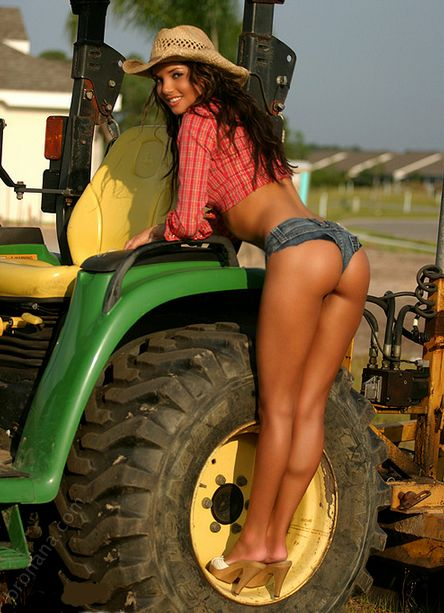 farmers-daughter-topless-masterbation-amateur-videos