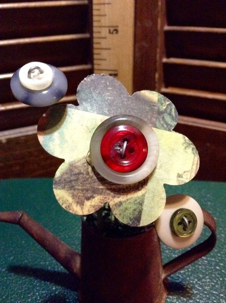 BUTTON BOUQUET sm watering can rustic green, vintage buttons, flowers, upcycle, repurposed, gift, home decor by EffiesEclecticCloset on Etsy
