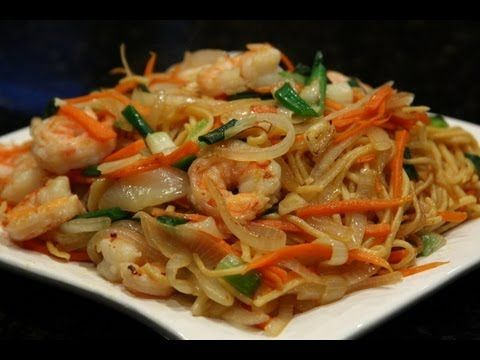 Chinese Stir-Fried Noodles with Shrimp 虾炒面 - YouTube