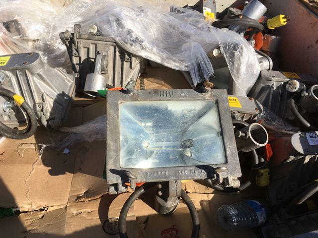 EXTREME USE 500 WATT 110V  HALOGEN LIGHTS ALL-WEATHER ALUM INCASED