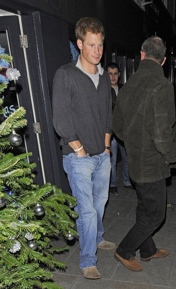 Prince Harry Photos Photos - Prince Harry leaving Jak's restaurant in Knightsbridge, London, at 11pm, where he got into a car and travelled 200 yards up the same street to Zefi bar, where he stayed until 2am. - Prince Harry Out in London