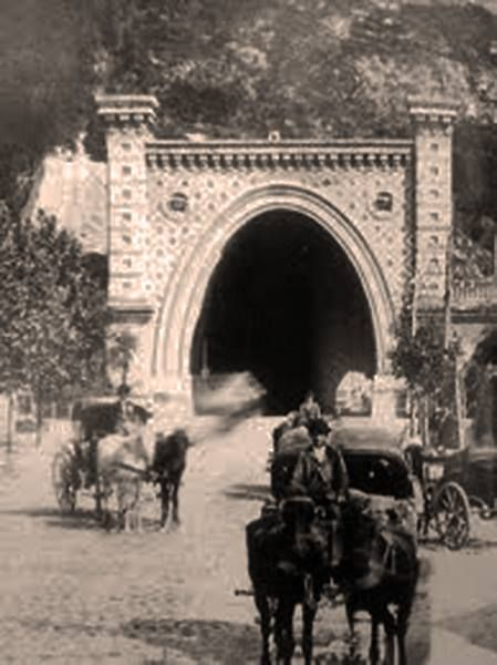 Castle tunnel in Budapest, around 1900