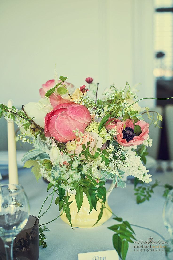 Cornish wedding flowers by Amanda Taffinder