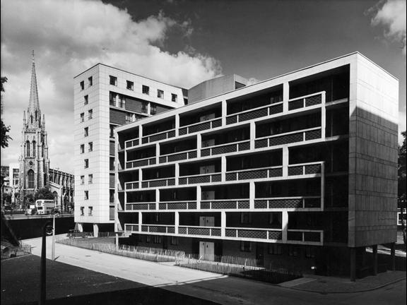 Lubetkin's 1950s Hallfield Estate in Paddington, west London. Architectural Press Archive / RIBA Library Photographs Collection