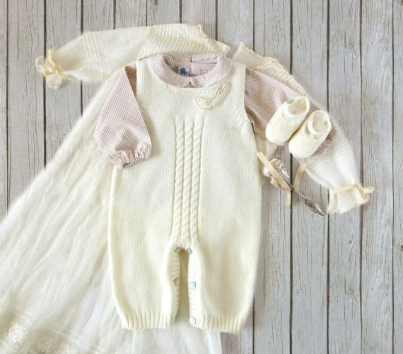 Knitted overalls in pearl with a bird, matching shoes. 100% merino wool. READY TO SHIP size newborn.