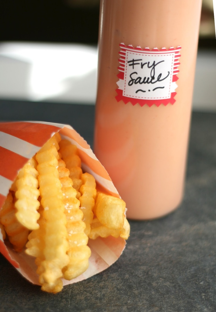 I love this fry sauce!  I am also going to try using BBQ sauce instead of ketchup sometime. ~G