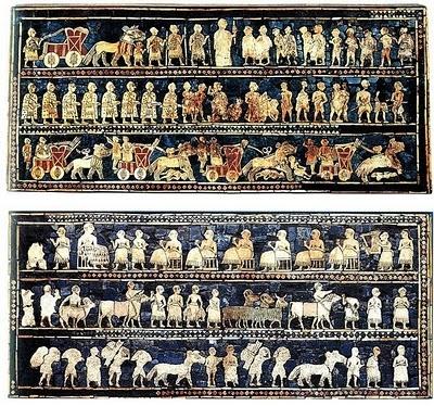 Na Grécia foi encontrado um dos documentos mais antigos relativo à arte do mosaico (meados do século III a.C).    O 'Estandarte de Ur' (acima - 3500 a.C), é considerado pela maioria dos historiadores como o mosaico mais antigo. Foi encontrado na Suméria (antiga Mesopotâmia), atual Iraque. Um dos murais narra cenas de guerra; no outro, cenas domésticas.