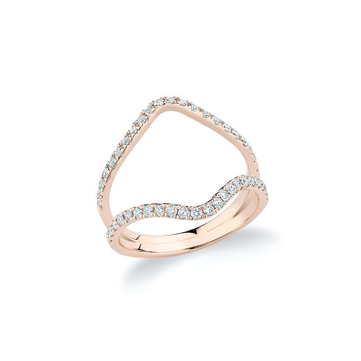 """V"" ring set with diamonds in 18K rose gold."