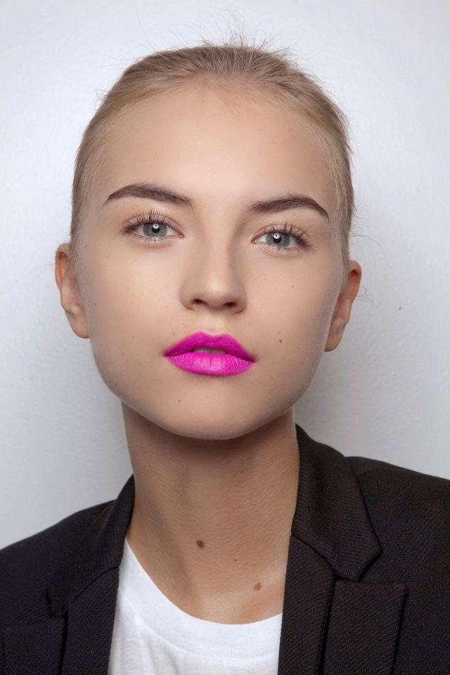 hot pink lipstick and no eye makeup make a statement #lips #bright #pink #makeup #statement