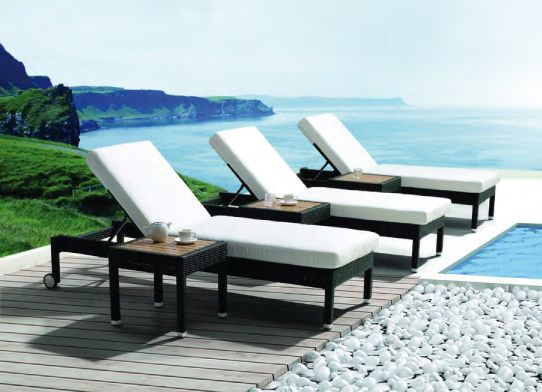 When it comes to soaking up the sunlight, there's no greater comfort offered by a lounger than the Piazza Lounger. See More at: http://www.mobelli.co.za/collections/piazza-collection.aspx