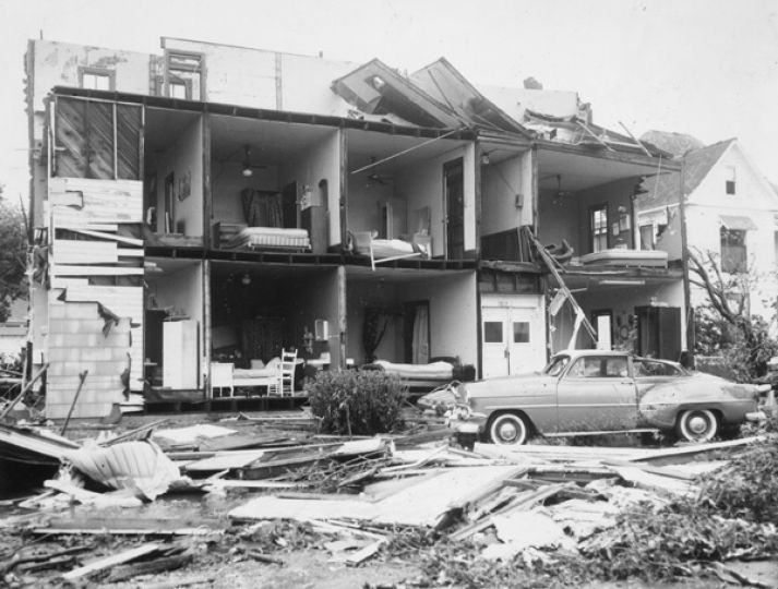 Hurricane Carla, a Category 5 hurricane that hit Texas in 1961 as... Photo-3353210.47803 - Houston Chronicle