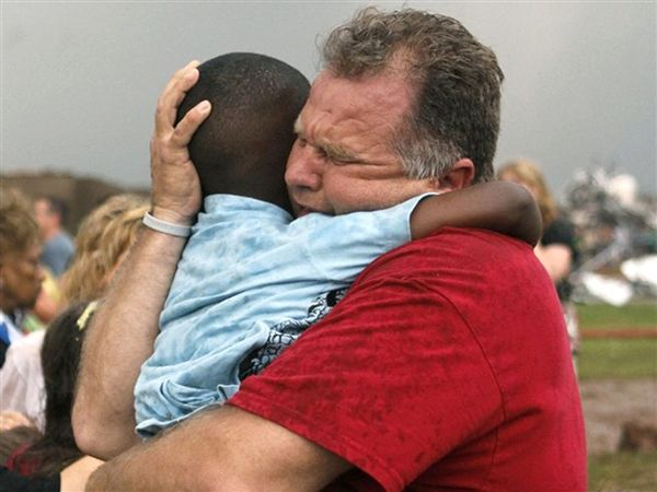 Oklahoma is in our prayers. #begrateful  How to help Oklahoma tornado victims - U.S. Newshttp://www.reuters.com/article/2013/05/22/us-usa-tornadoes-idUSBRE94J0TK20130522