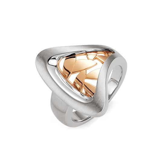 Rose gold leaves, housed in a sterling silver ring