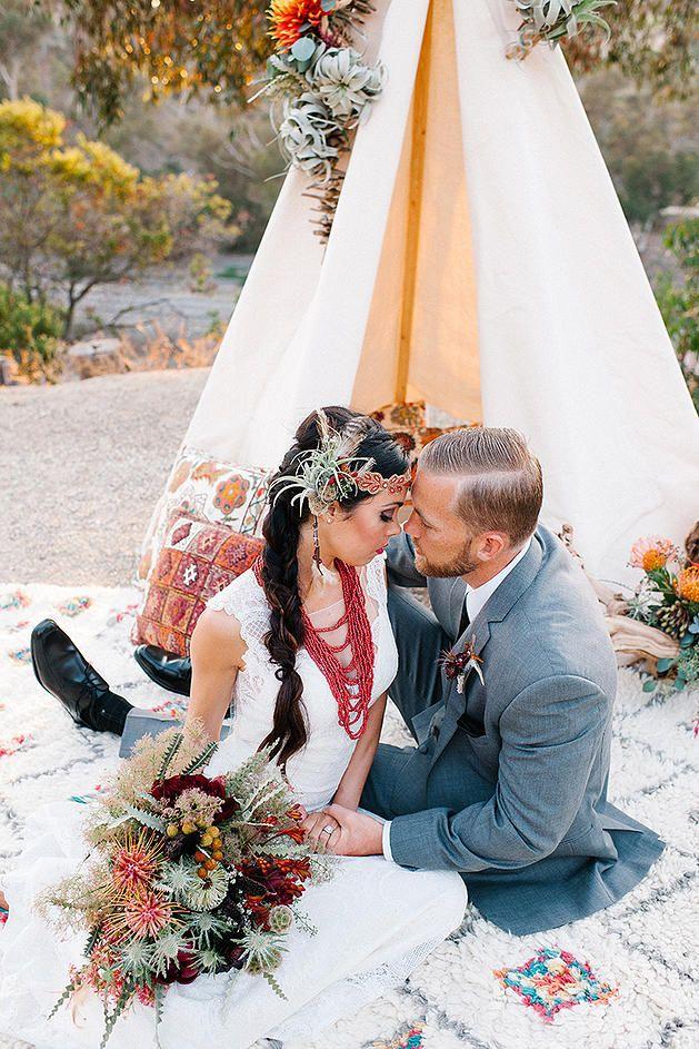 Southwestern Desert Wedding For the Nontraditional Boho