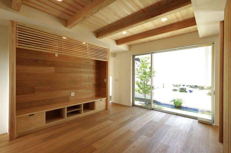 アーキシップス古前建築設計事務所 の モダンな リビングルーム キッチンの家 リビング