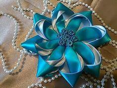Como hacer flor con listón hilvanado paso a paso/ how to make ribbon flower - YouTube