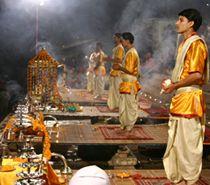 golden triangle tour with varanasi, Delhi Agra Japiur Tour With consists of varanasi journey, varanasi holy metropolis tour, ganges tour, ghats tour, kashi vishwanath temple tour, varanasi sankat mochan tour india.