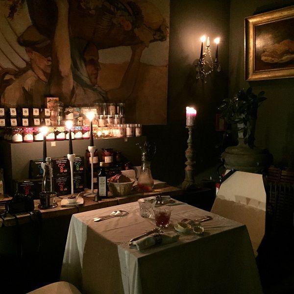 25+ best ideas about Restaurant Romantique on Pinterest ...