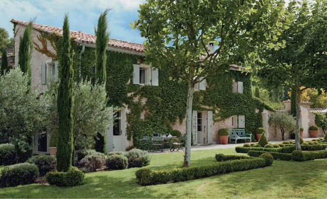 Near Ménerbes, a lovely village in Luberon, Southern France. A redone sheep barn