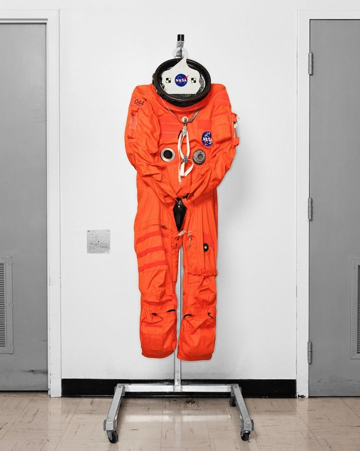 mars landing outfit - photo #8