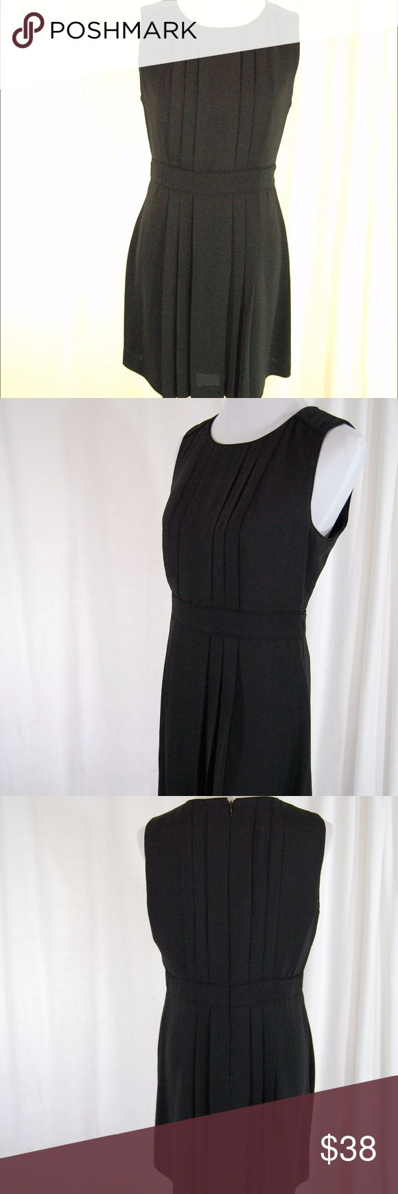 Banana Republic Round Neck Pleated Cocktail Dress Black rounded neck pleated bottom dress. Zip back closure with nice lining. Modest round neckline with a short above-the-knee hemline. Sexy, yet classy. Great for work cocktail events!   Great condition. Worn once. Banana Republic Dresses Mini