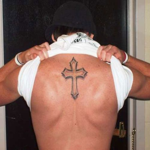 20 Awesome Cross Tattoo On Back | CreativeFan