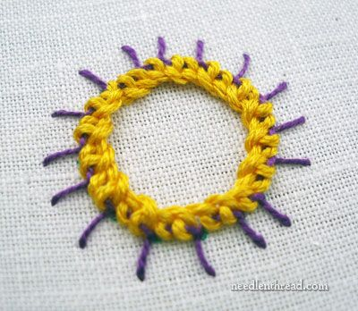 Stitch Play: Inside-Out Buttonhole Wheel Flowers – Needle'nThread.com