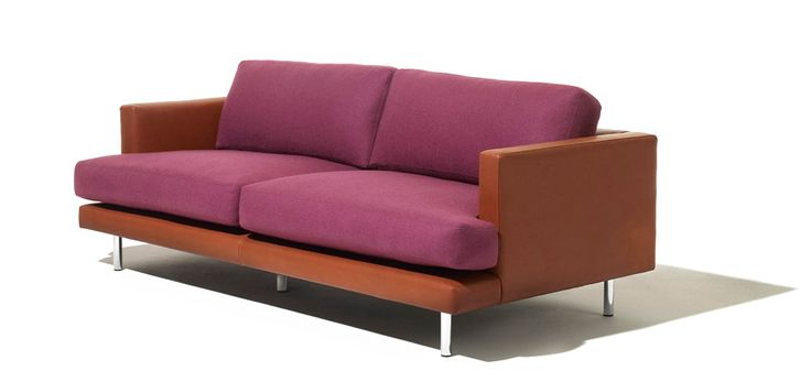 D'Urso Lounge Collection: Defined by a low profile, boldly outlined architectural surrounds and soft interior cushions, the D'Urso Lounge Collection delivers casual modern comfort to high-traffic applications. Scaled for expansive interiors and featuring a resilient seat cushion, the Collection is ideal for higher education facilities, corporate lounge areas and public spaces | Knoll