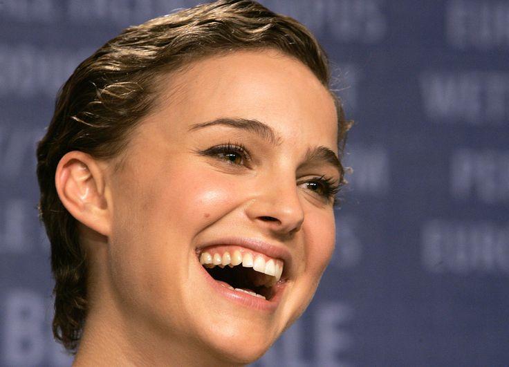 actress good smiling - photo #1
