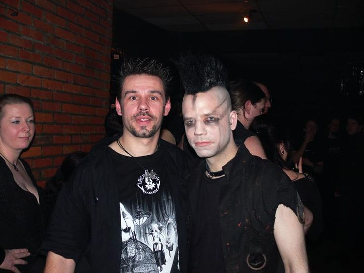 with Gaun:a - guitarist Diary Of Dreams @Matty Chuah STeeple - Waregem - Belgium - 2010