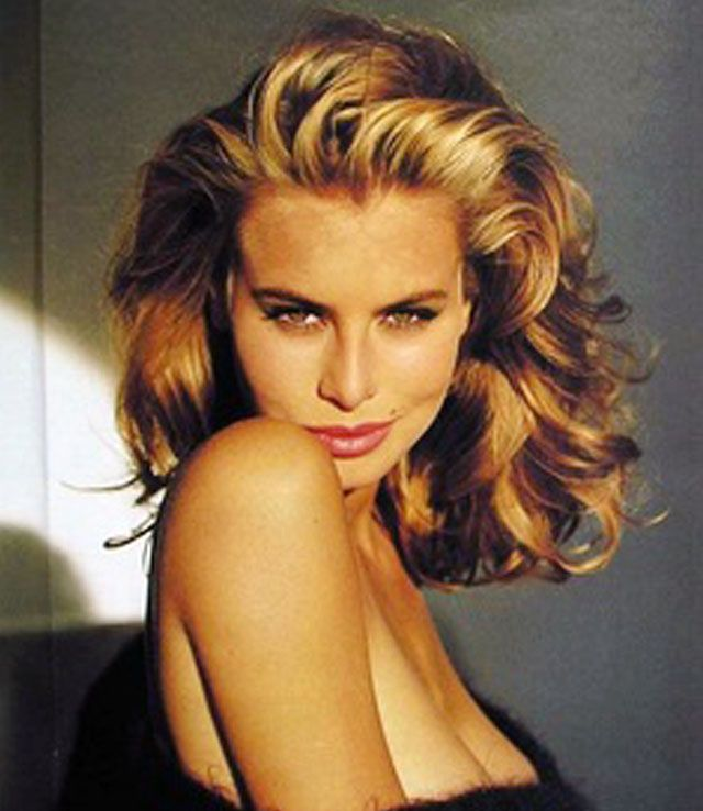 90s Hair Inspiration | Big Shoulder Dusting Tresses