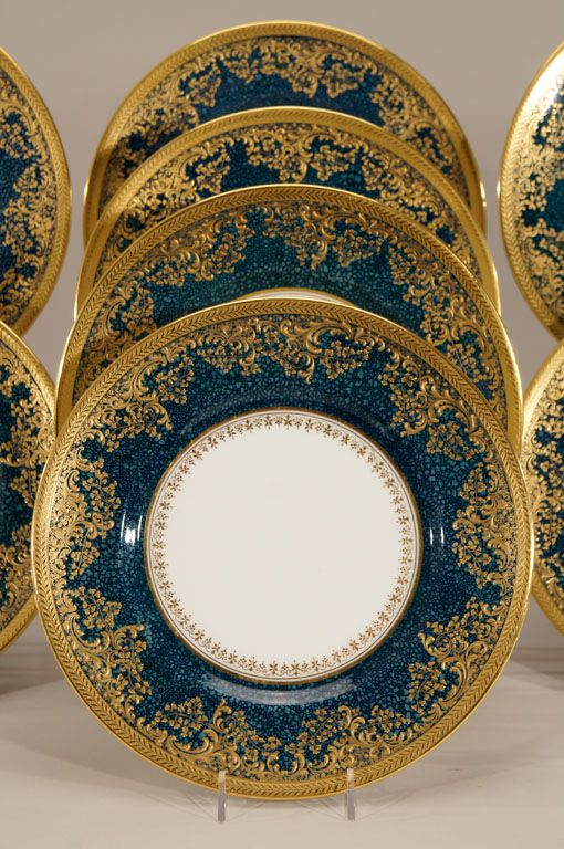 "Set of 12 Royal Doulton ""Shagreen"" Teal Dinner Plates 