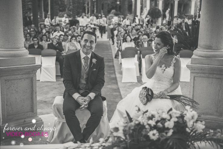 En la primera reunión con los novios le decimos al chico le aconsejamos que se case. Si lo hace, será un hombre feliz. Si no lo hace, será un filósofo. jajaja#fiestas #dress #weddingphoto #sesiondefotos #novios #reportaje #celebración #inspo #pasión #fotos #parejas #boda