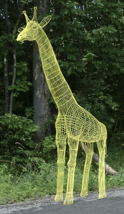 Giraffe No.5 wire sculpture