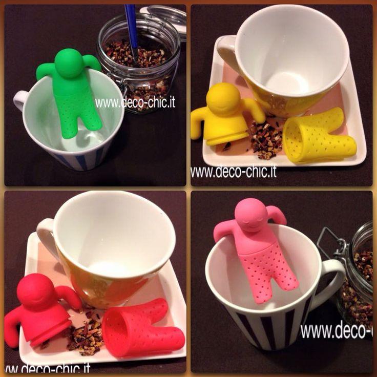infusori per tè e tisane a forma di omino. colori: rosso, rosa, verde e giallo materiale: silicone.  li potete acquistare su www.deco-chic.it