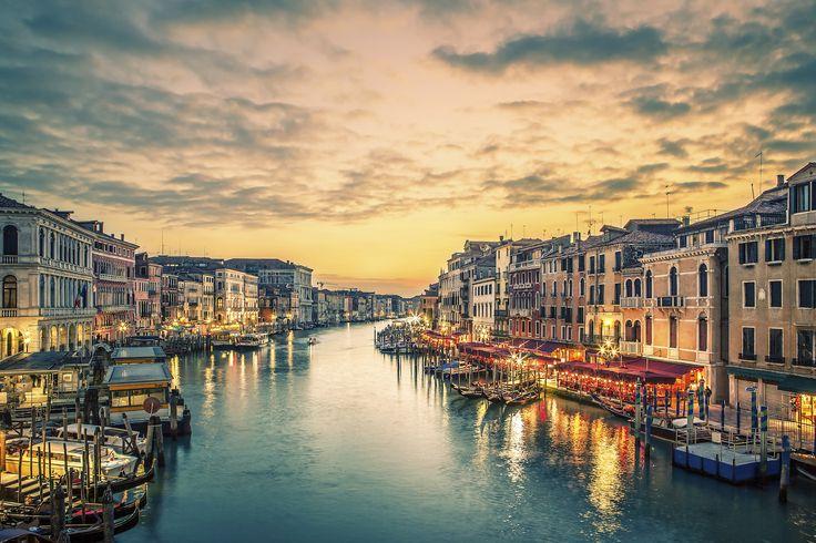 Aufregender Citytrip nach Venedig: 3 Tage oder mehr im 4,5-Sterne Hotel mit Frühstück + 3-Gänge-Menü, Begrüßungsgetränk und Familienrabatt ab 99 € - Urlaubsheld | Dein Urlaubsportal